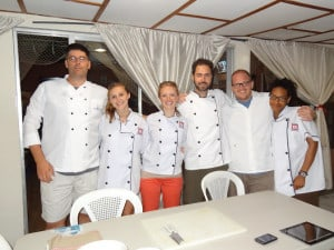 San Juan Del Sur Cooking Lesson - Ever wanted to know how to make Gallo Pinto or how to shred yucca root to make a dessert? You too can learn at El Globo!